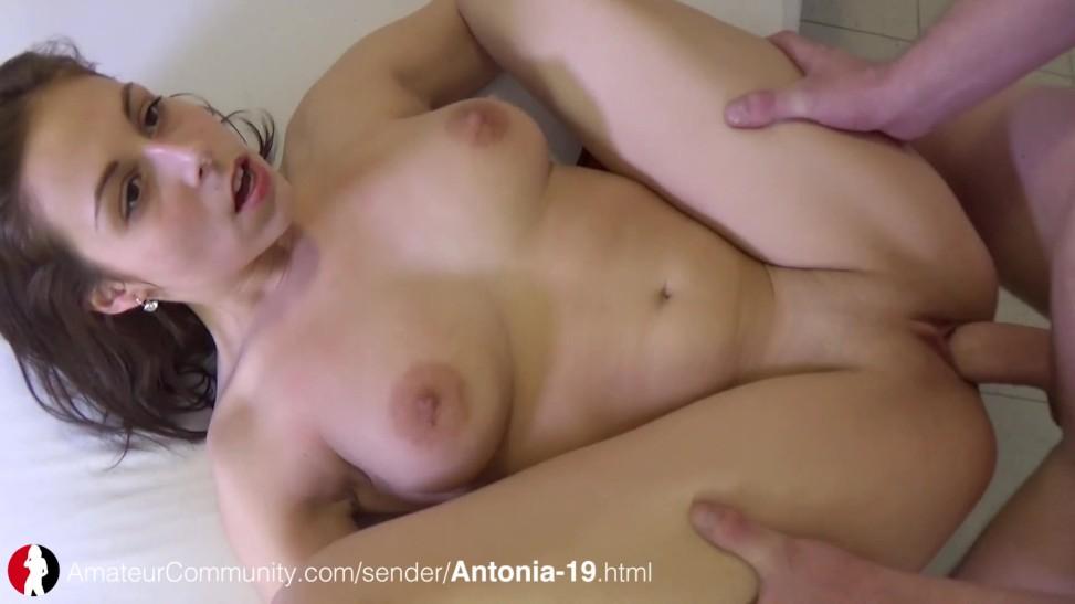 Teen Mit Kleinen Titten Gefickt