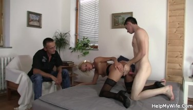 He Asks Youthful Dude Penetrate His Torrid Wifey For Money