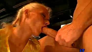 Creampie bukkake porno čierne lesibeans