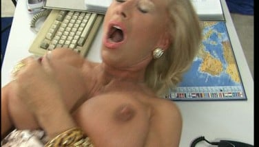 Someone Is Gobbling Me Now So I'll Call You Back Later. Clip