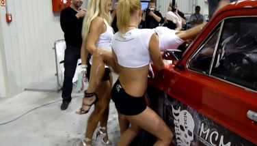Sexy Car Wash Three Db Haul Girls