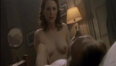 Julianne Moore sex video