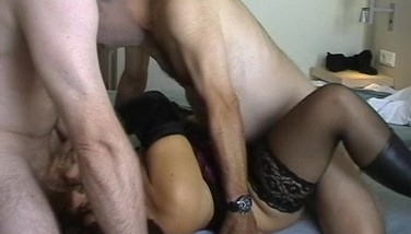 Wife Group Penetrated In The Motel Room
