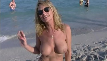 vimeo naked news