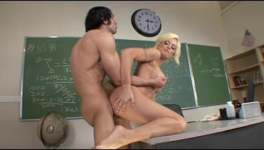 Horny Bigtit Blondie College Teacher Bangs Student's Cock In Class