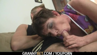 Granny Leaps On His Yam-sized Meat