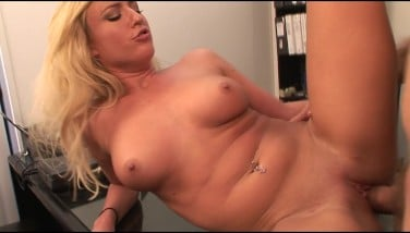 Hot And Kinky Platinum-blonde Mega-bitch Deep-throats And Smashes Boss's Hard-on In The Office