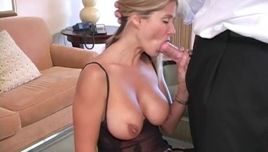 Hot Housewife Rio  Apartment Service