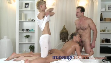 Massage Apartments Zuzana Enjoys Her Sugary-sweet Fuck Hole Packed In Oily Threesome