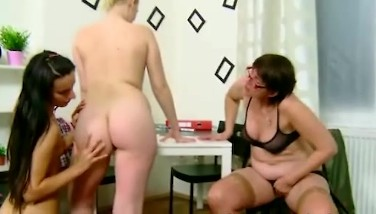 Two Fabulous Teenagers Get Seduced By Their Old G/g Teacher In The Classroom