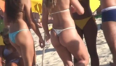 Hot Bathing Suit Without Bra Teenagers On The Beach