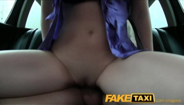 Faketaxi Eighteen Years Old And Fellating Taxi Cock