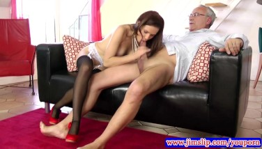 Teen Amateur In Pantyhose Penetrated By Old Man