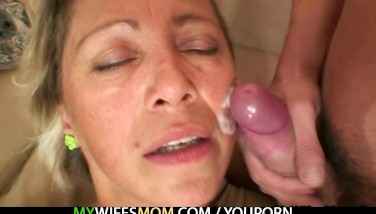 Hot Mom In Law Agrees To Fellate His Insane Cock