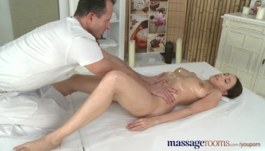 Massage Apartments Bashful Gorgeous Black-haired Has A Drizzling Ejaculation Before A Total Facial