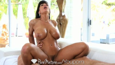 Hd  Puremature Super Steaming Mummy Lisa Ann Entices Poolboy