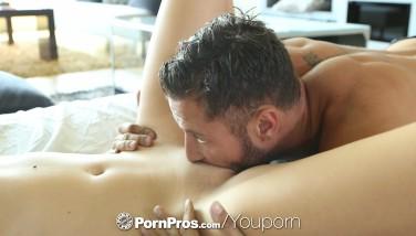 Hd Pornpros  Fat Inborn Fun Bags Marina Visconti Juggles On Cock