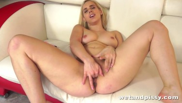 Sexy Platinum-blonde Nesty Dives Into Her Own Piss
