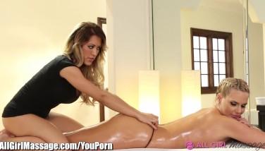 Phoenix Marie And Capri Cavanni Girly-girl Massage