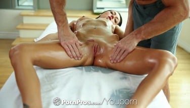 Hot Brown-haired Sabrina Banks Gets An Lube Massage Then Humps  Pornpros