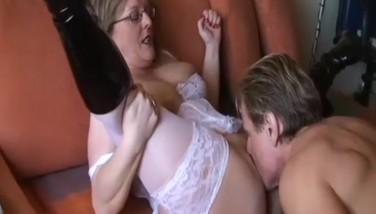 Amateur Mummy With Giant Baps Inhales And Pulverizes With Cum