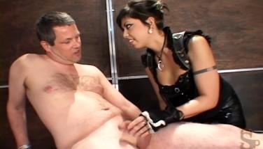 Ball bondage porno