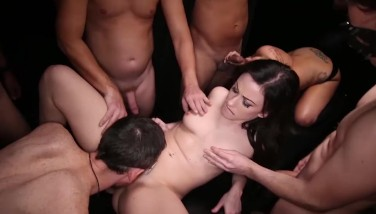 Gangbang Creampe Ash-blonde Gobbles Creampies From Another Pussy
