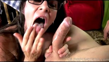 Super Sumptuous Old Spunker Wants You To Jizm In Her Mouth
