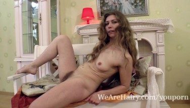 Elza Peels Off Bare In Bedroom And Models On A Chair