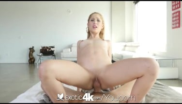 Exotic4k  Blond Latina Goldie Takes A Salami In Her Greased Pussy