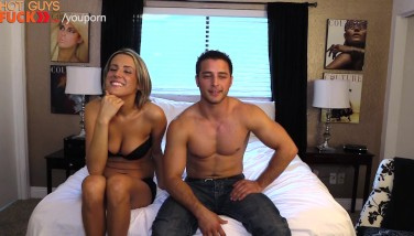 Annoying But Super Molten Yam-sized Breast Blondie Gets Pummeled By Phillip Anadarko