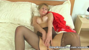 British Mummy Ila Jane Can T Fight Back Her Pussy