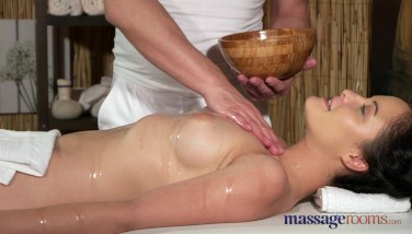 Massage Apartments Youthfull Inborn Melons Black-haired Has Gam Jiggling Orgasm
