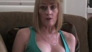 Melanie Luvs To Deep-throat Cock