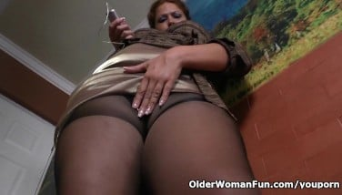 Latina Mummy Sandra Needs Calming After A Firm Day's Work