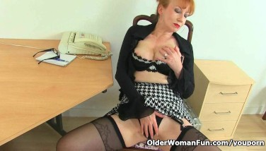 Uk Mummy Crimson Will Assist You At The Office Today