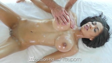 Passionhd  Big-chested Shay Evans Gargles And Boinks Firm Boner During Massage