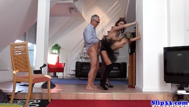 Glam Eurobabe Ass-fucked In Fancy Threeway
