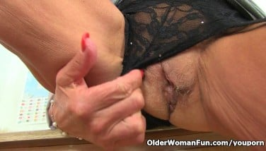 British Granny Georgie Nylons Fake Penises Her Caboose And Pussy
