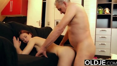 Young Breezy Stiff Nailed By Old Insane Dude He Plumbs Her Cunt And Slurps Clit