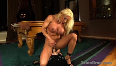 Sexy Ash-blonde Gets Nailed By The Sybian
