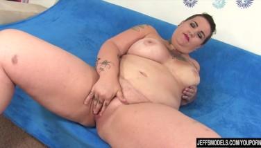 Stor sort booty tegneserie porno