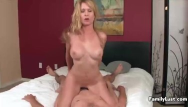 Sexy Mummy Is Having Fuck-a-thon With A Youthfull Guy.mp4