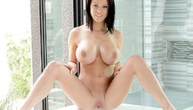 Passionhd Thick Mounds Peta Jensen Bathroom Boink And Facial