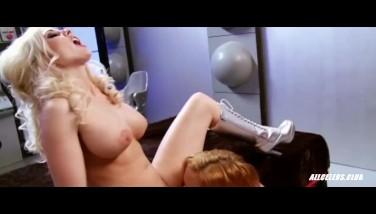 Hot Lezzies Krissy Lynn And Christie Stevens In Intergalactic Swingers