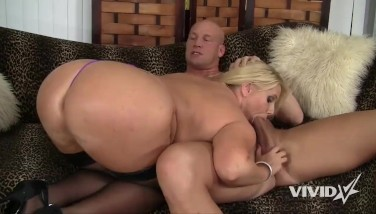 Smoking Giant Backside Scorching Mummy Karen Wants To Drill Her Instructor