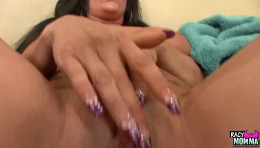 Lonely Stepmom Pussylicked By Teenager Daughter