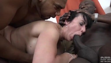 Granny 3 Ways With Two Ebony Guys Prodding Boners In Her Gullet And Pussy