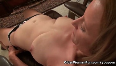 American Mummy Jayden Lets You Love Her Butterfly Labia