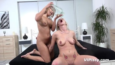 Vipissy  Light-haired Lezzies Kate Hill And Licky Lex Taste Each Others Pee